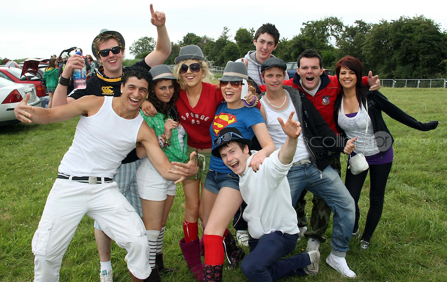 08/07/'10 Fans from Westmeath pictured arriving at Punchestown, Co. Kildare this evening for the start of the Oxegen Festival 2010...Picture Colin Keegan, Collins, Dublin