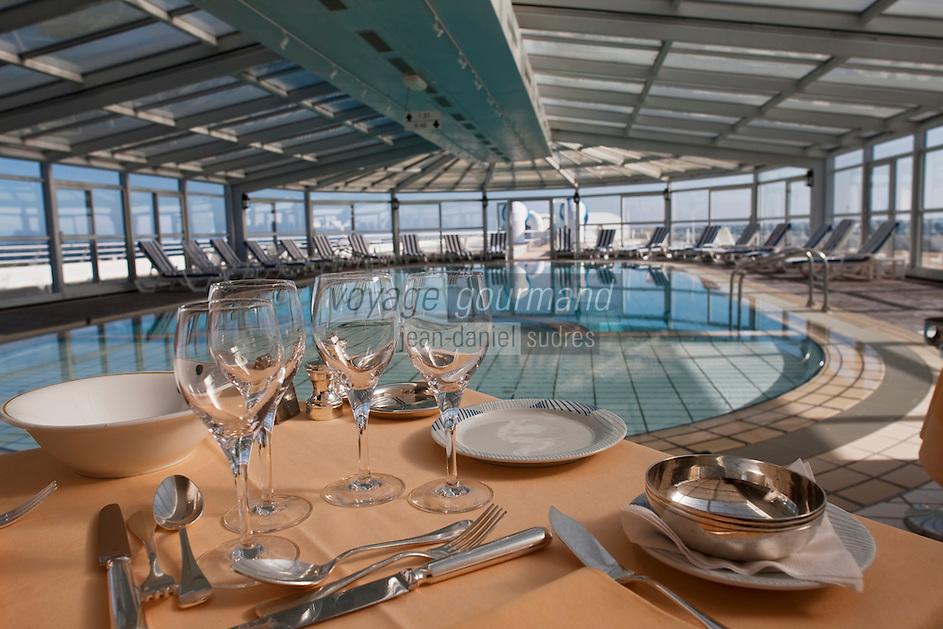 Europe/France/Bretagne/56/Morbihan/Arzon: Miramar Crouesty -  piscine de  la Thalasso et restaurant diététique:
