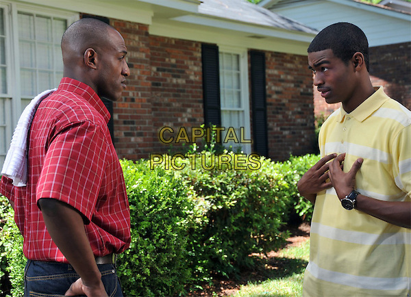 KEN BEVEL & CHRISTIAN DOZIER.in Courageous.*Filmstill - Editorial Use Only*.CAP/FB.Supplied by Capital Pictures.