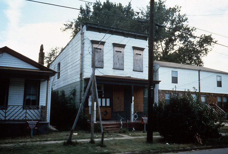 1991 July ..Redevelopment.Huntersville 1&2 (R-70)..813 B AVENUE.BEFORE...NEG#.NRHA#..