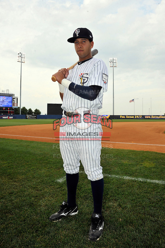 Staten Island Yankees infielder Cito Culver (2) before game against the Connecticut Tigers at Richmond County Bank Ballpark at St. George in Staten Island, NY July 07, 2011. Yankees won 4-3 in 10 innings.  Photo By Tomasso DeRosa/ Four Seam Images