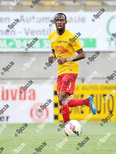 2015-08-08 / Voetbal / Seizoen 2015-2016 / KFC Oosterzonen / Fessou Meme Placca<br /><br />Foto: Mpics.be