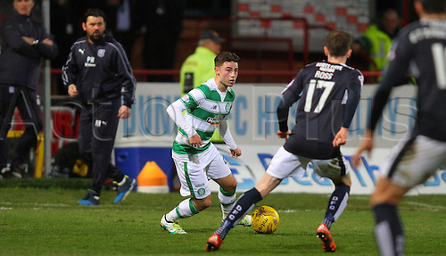 05.04.2016. Dens Park, Dundee, Scotland. Scottish Football Premiership Dundee versus Celtic. Patrick Roberts brings the ball forward . The game ended in a dull 0-0 draw.