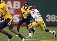 C.J. Anderson of California runs the ball during the game against USC at AT&T Park in San Francisco, California on October 13th, 2011.  USC defeated California, 30-9.
