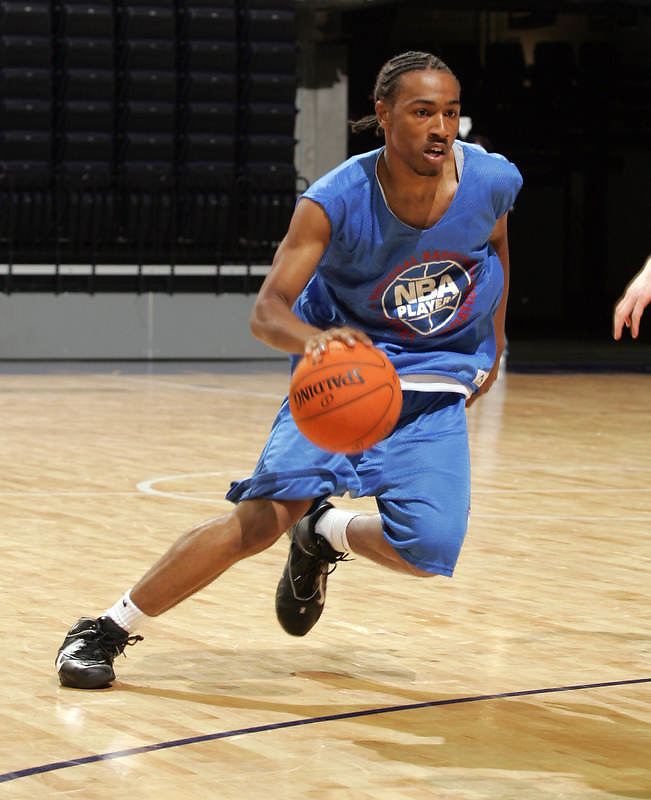 1/2G Matt Pressey (Ashburnham, MA / Cushing Academy) moves the ball during the NBA Top 100 Camp held Thursday June 21, 2007 at the John Paul Jones arena in Charlottesville, Va. (Photo/Andrew Shurtleff)