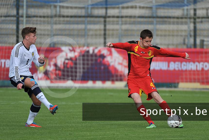 Scotland U19 - Belgium U19 : Corentin Fiore (4) and Lewis Macleod (8).foto DAVID CATRY / Nikonpro.be