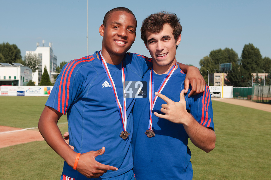 22 August 2010: Andy Paz and Andy Pitcher pose at the 2010 European Championship, under 21, in Brno, Czech Republic.