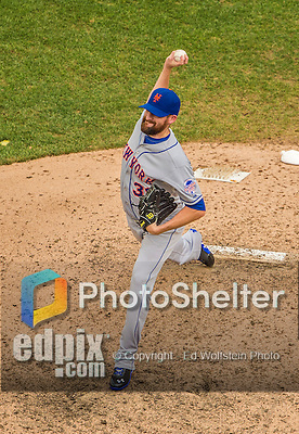 28 July 2013: New York Mets pitcher Bobby Parnell on the mound against the Washington Nationals at Nationals Park in Washington, DC. The Nationals defeated the Mets 14-1. Mandatory Credit: Ed Wolfstein Photo *** RAW (NEF) Image File Available ***