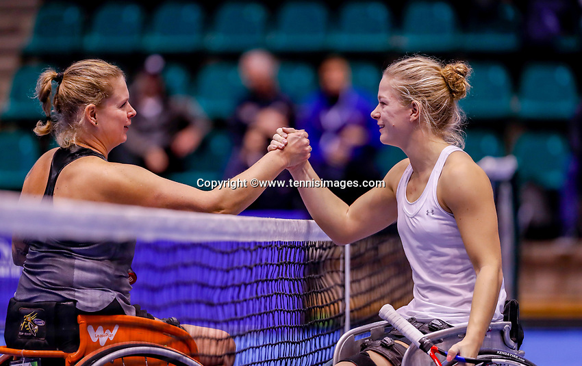Rotterdam, Netherlands, December 15, 2017, Topsportcentrum, Ned. Loterij NK Tennis, Wheelchair woman's single semi final Diede de Groot (NED) (R) defeats Michaela Spaanstra<br /> Photo: Tennisimages/Henk Koster