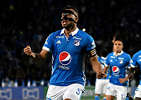 BOGOTA - COLOMBIA - 19-03-2017: Andres Cadavid, jugador de Millonarios, celebra el gol anotado a Independiente Santa Fe, durante partido de la fecha 10 entre Millonarios y el Independiente Santa Fe, por la Liga Aguila I-2017, jugado en el estadio Nemesio Camacho El Campin de la ciudad de Bogota. / Andres Cadavid player of Millonarios celebrates the scored goal to Independiente Santa Fe, during a match of the date 10 between Millonarios and Independiente Santa Fe, for the Liga Aguila I-2017 played at the Nemesio Camacho El Campin Stadium in Bogota city, Photo: VizzorImage / Luis Ramirez / Staff.