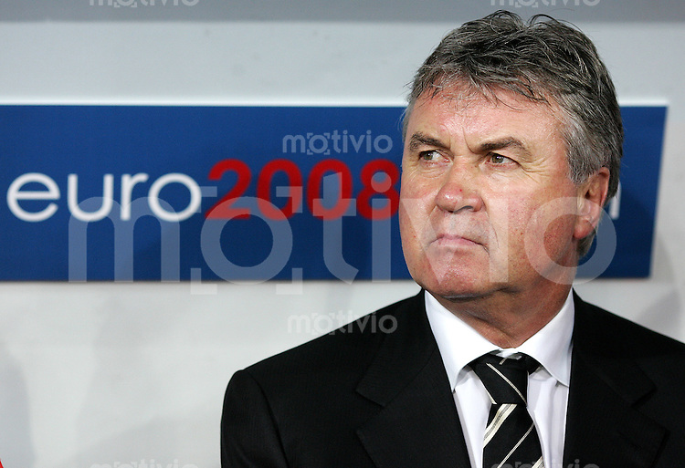 FUSSBALL EUROPAMEISTERSCHAFT 2008 Spanien - Russland    10.06.2008 Russland Trainer Guus Hiddink (Holland).