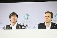 Bundestrainer Joachim Loew und Nationalmannschafts-Manager Oliver Bierhoff