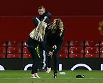 Film Star Julia Roberts takes off her socks and hands them to her daughter during the Premier League match at the Old Trafford Stadium, Manchester. Picture date: November 27th, 2016. Pic Simon Bellis/Sportimage