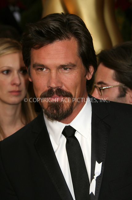 WWW.ACEPIXS.COM . . . . .  ....February 22, 2009. Hollywood, CA....Actor Josh Brolin arrives at the 81st Annual Academy Awards held at the Kodak Theater on February 22, 2009 in Hollywood, CA.......Please byline: Z09- ACEPIXS.COM.... *** ***..Ace Pictures, Inc:  ..Philip Vaughan (646) 769 0430..e-mail: info@acepixs.com..web: http://www.acepixs.com
