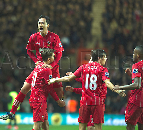 01.01.2013 Southampton, England.  Southampton's Gastón Ramírez scores to give Southampton the lead during the Premier League game between Southampton and Arsenal at St Mary's Stadium.
