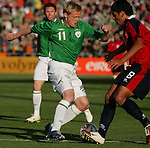 Dublin Ireland. Irelands No 11 Damien Duff vies with Chile No 18 Gonzalo Jara Reyes during the friendly soccer international at Lansdowne road Dublin Ireland 24/5/06.Photo AFP/NEWSFILE/FRAN CAFFREY..(Photo credit should read AFP PHOTO/FRAN CAFFREY/NEWSFILE)...This Picture has been sent you under the condtions enclosed by:.Newsfile Ltd..the Studio,.Millmount Abbey,.Drogheda,.Co Meath..Ireland..Tel: +353(0)41-9871240.Fax: +353(0)41-9871260.GSM: +353(0)86-2500958.email: pictures@newsfile.ie.www.newsfile.ie.FTP: 193.120.102.198..This picture is from Fran Caffrey@newsfile.ie