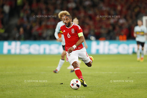 Ashley Williams (WAL), JULY 1, 2016 - Football / Soccer : UEFA EURO 2016 Quarter-finals match between Wales 3-1 Belgium at the Stade Pierre Mauroy in Lille Metropole, France. (Photo by Mutsu Kawamori/AFLO) [3604]