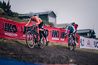 Denise Betsema (NED/Marlux-Bingoal) holding off Sanne Cant (BEL) (for now...)<br /> <br /> Women&rsquo;s Elite race<br /> <br /> UCI 2019 Cyclocross World Championships<br /> Bogense / Denmark<br /> <br /> &copy;kramon