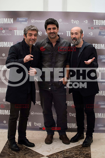 "Argentinian actor Ricardo Darin, spanish director Cesc Gay and spanish actor Javier Camara during the presentation of the film ""Truman"" at NH Tepa´s Palace in Madrid October 26, 2015. <br /> (ALTERPHOTOS/BorjaB.Hojas) /NortePhoto"