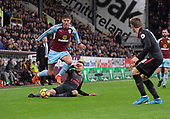 2017-11-26 Burnley v Arsenal crop