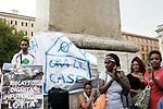 Vertice Raggi-Minniti, movimenti per la casa protestano in Piazza Esquilino