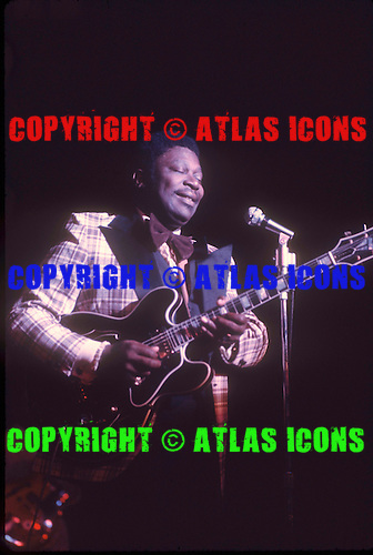 BB KING, LIVE, 1974, NEIL ZLOZOWER,