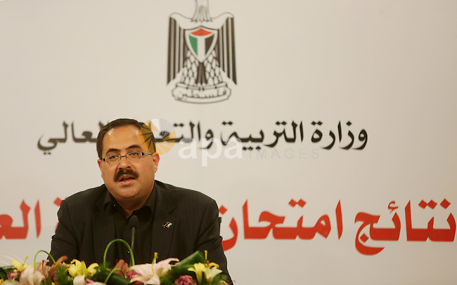 """Palestinian Minister of Education, Sabri Saidam, speaks during a press conference to announce the results of the final high school exams known as """"Tawjihi"""", in the West Bank city of Ramallah on July 11, 2016. Photo by Shadi Hatem"""