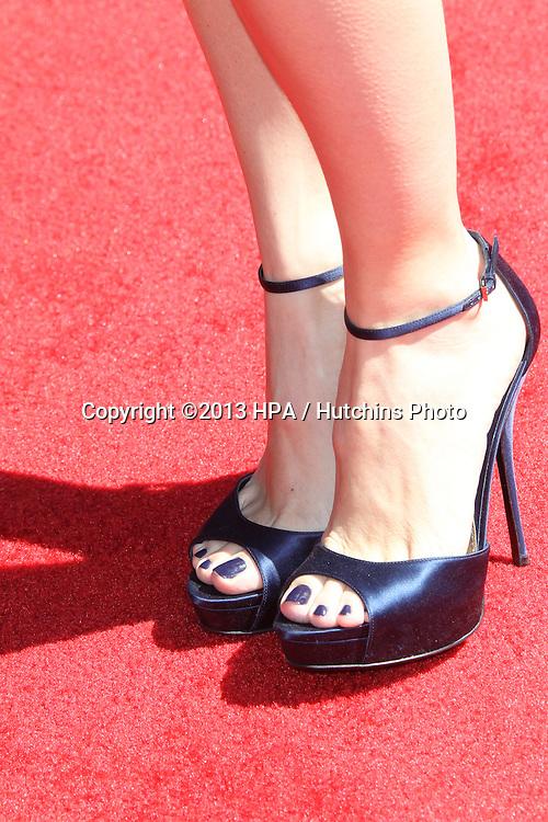LOS ANGELES - MAR 10:  Jennifer Garner arrives at the  10th Annual John Varvatos Stuart House Benefit at the John Varvatos Boutique on March 10, 2013 in West Hollywood, CA