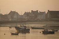 Europe/France/Bretagne/56/Morbihan/Port-Louis: bateaux de pêche