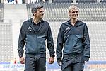 10.09.2017, Olympiastadion, Berlin, GER, 1.FBL, Hertha BSC vs SV Werder Bremen<br /> <br /> im Bild<br /> Thomas Stein (Schiedsrichter-Asstent / SR-A. 2) bei Platzbegehung mit Bibiana Steinhaus (Schiedsrichterin / referee), <br /> <br /> Foto &copy; nordphoto / Ewert