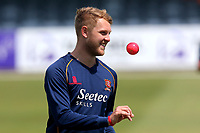 Jamie Porter of Essex with the pink ball during Essex CCC vs Middlesex CCC, Specsavers County Championship Division 1 Cricket at The Cloudfm County Ground on 26th June 2017