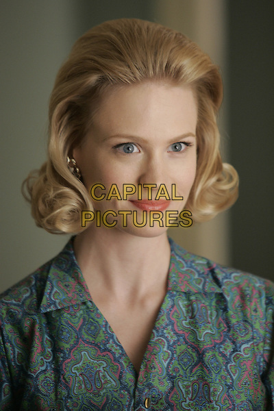 JANUARY JONES<br /> in Mad Men (Season 1)<br /> *Filmstill - Editorial Use Only*<br /> CAP/FB<br /> Image supplied by Capital Pictures