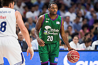 Real Madrid's player Jonas Maciulis and Unicaja Malaga's player Oliver Lafayette during match of Liga Endesa at Barclaycard Center in Madrid. September 30, Spain. 2016. (ALTERPHOTOS/BorjaB.Hojas) /NORTEPHOTO.COM