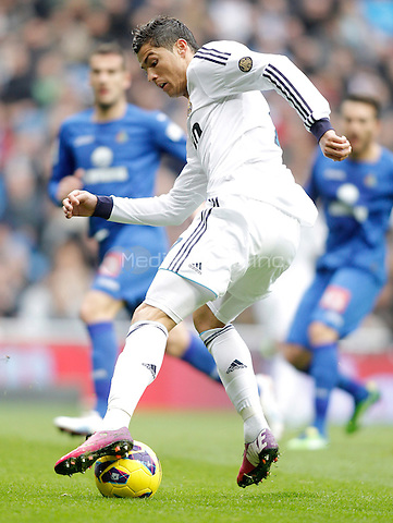 Real Madrid's Cristiano Ronaldo during La Liga match. January 27, 2013. (ALTERPHOTOS/Alvaro Hernandez) NortePhoto /MediaPunch Inc. ***FOR USA ONLY***