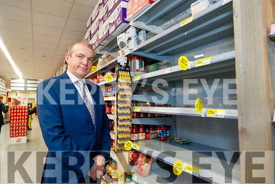 Kevin McCarthy og Garveys Supervalu, Tralee, pasta has sold out in the supermarket.