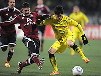 FUSSBALL   1. BUNDESLIGA  SAISON 2011/2012   20. Spieltag 1. FC Nuernberg - Borussia Dortmund         03.02.2012 Almong Cohen (li, 1 FC Nuernberg) gegen Shinji Kagawa (Borussia Dortmund)