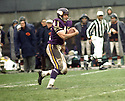 Minnesota Vikings Dave Osborn (41) during a game from his career against the Cleveland Browns. Dave Osborn played for 12 seasons with 2 different team and was a 1-time Pro Bowler.(SportPics)