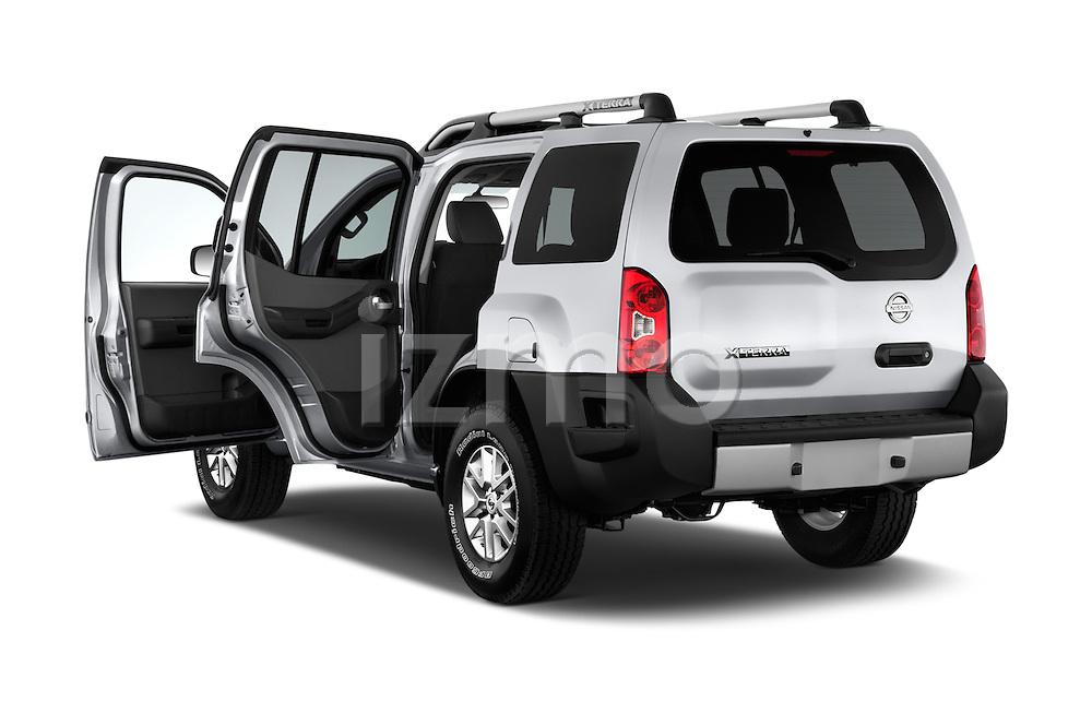 Car images of2014 Nissan Xterra S 5 Door Suv Doors