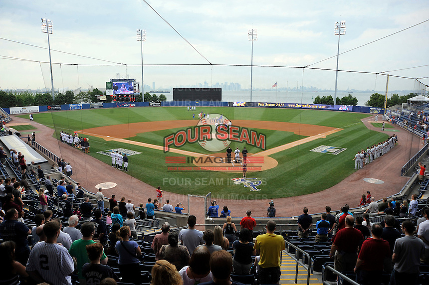 Staten Island Yankees Richmond County Bank Ballpark at St.George prior to game against the Connecticut Tigers in Staten Island, NY July 07, 2011. Yankees won 4-3 in 10 innings.  Photo By Tomasso DeRosa/ Four Seam Images