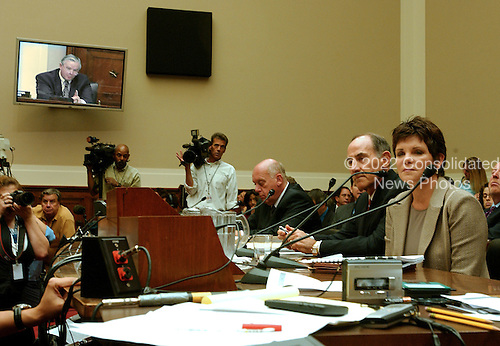 "Washington, D.C. - September 28, 2006 -- Patricia Dunn, former Chairman of the Board, Hewlett-Packard Company, testifies before the United States House Subcommittee on Oversight and Investigations hearing on "" Hewlett-Packard's Pretexting Scandal"" in Washington, D.C. on September 28, 2006..Credit: Ron Sachs / CNP.[No New York Metro or other Newspapers within a 75 mile radius of New York City]"