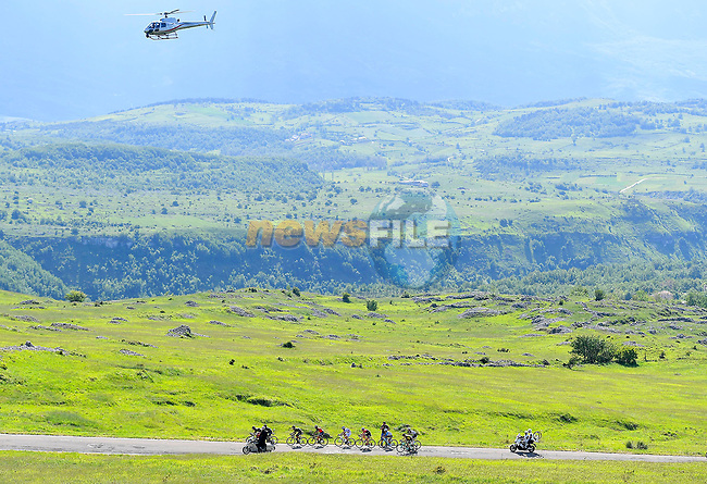 Action from Stage 9 of the 100th edition of the Giro d'Italia 2017, running 149km from Montenero di Bisaccia to Blockhaus, Italy. 14th May 2017.<br /> Picture: LaPresse/Fabio Ferrari | Cyclefile<br /> <br /> <br /> All photos usage must carry mandatory copyright credit (&copy; Cyclefile | LaPresse/Fabio Ferrari)
