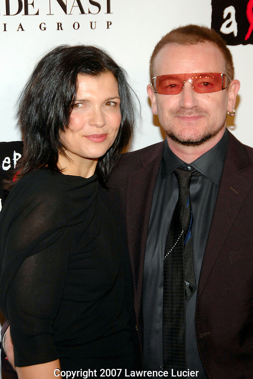 Ali Hewson and Bono arrive at the fourth annual Black Ball to benefit Keep A Child Alive October 25, 2007, at Hammerstein Ballroom in New York City.  (Pictured : BONO).
