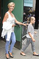 NEW YORK CITY, NY - August 07, 2012: Jennie Garth and daughter Lola Ray at Good Afternoon America in New York City. © RW/MediaPunch Inc. /NortePhoto.com<br /> <br /> **SOLO*VENTA*EN*MEXICO**<br /> **CREDITO*OBLIGATORIO** <br /> *No*Venta*A*Terceros*<br /> *No*Sale*So*third*<br /> *** No Se Permite Hacer Archivo**<br /> *No*Sale*So*third*