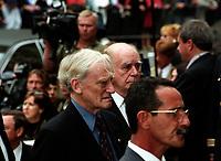 Gerard Bouchard<br />  aux funerailles de Pierre Trudeau le 10 Octobre 2000, a la Basilique Notre-Dame<br /> <br /> <br /> PHOTO :  Agence Quebec Presse