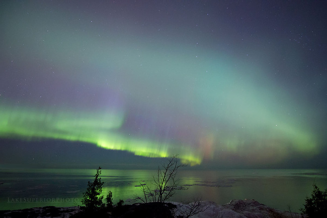March '15 auroras over Lake Superior Marquette