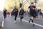 2018-11-18 Fulham10k 044 JH Finish rem