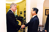 United States President Bill Clinton meets President Alberto Fujimori of Peru in the Oval Office of the White House in Washington, DC on May 21, 1996.<br /> Mandatory Credit: Ralph Alswang / White House via CNP