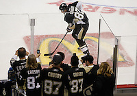 PITTSBURGH, PA - NOVEMBER 21:  Fans watch as Sidney Crosby #87 of the Pittsburgh Penguins takes the ice for warmups against the New York Islanders for the first time since sustaining a concussion on January 5 during the game on November 21, 2011 at CONSOL Energy Center in Pittsburgh, Pennsylvania.  (Photo by Jared Wickerham/Getty Images)