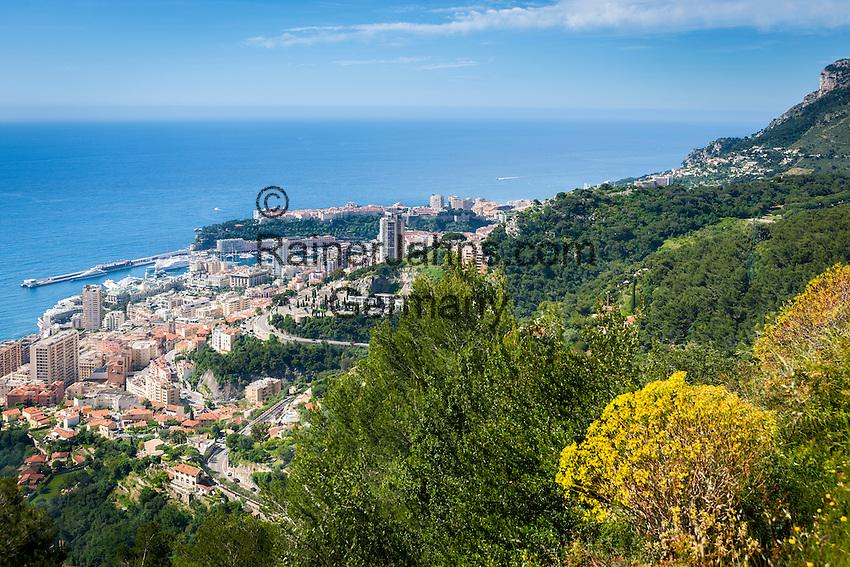 Principality of Monaco, on the French Riviera (Côte d'Azur): view across Monaco with district Monte Carlo   Fuerstentum Monaco, an der Côte d'Azur: Blick auf Monaco mit dem Stadtteil Monte Carlo