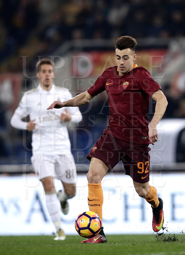 Calcio, Serie A: Roma vs Milan. Roma, stadio Olimpico, 12 dicembre 2016.<br /> Roma's Stephan El Shaarawy in action during the Italian Serie A football match between Roma and AC Milan at Rome's Olympic stadium, 12 December 2016.<br /> UPDATE IMAGES PRESS/Isabella Bonotto